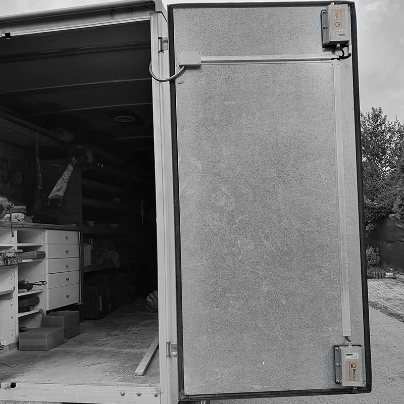 Truck with BasicLock on hinged doors